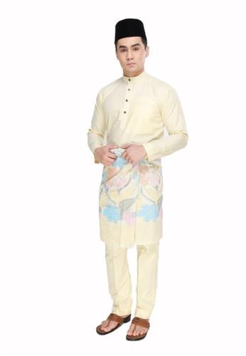Amar Amran yellow Baju Melayu Raja Sehari A975DAAFB57710GS_1