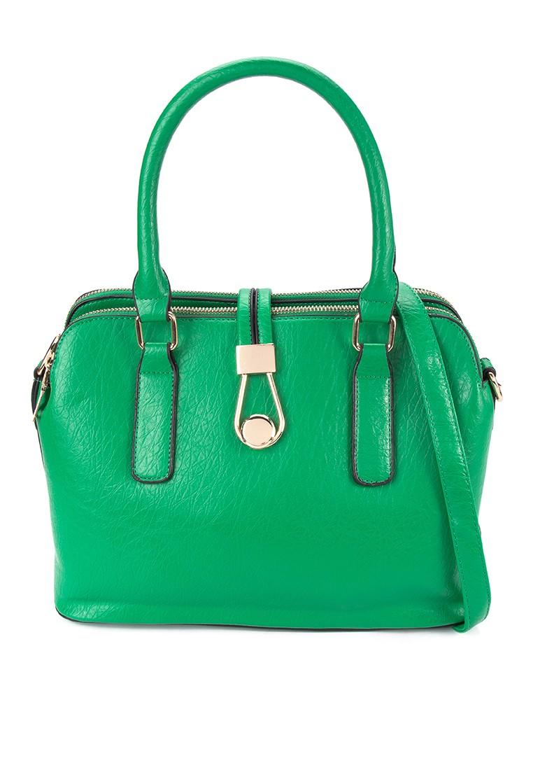Manhattan 4 Shoulder Bag
