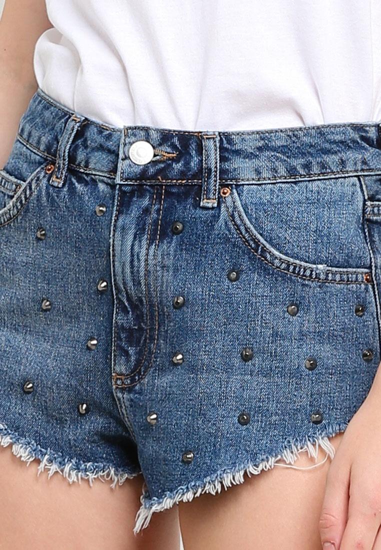 9ca4e70695 ... Kiri Studded Denim Mid Hem Moto Frayed Shorts TOPSHOP qHw6zT7 ...