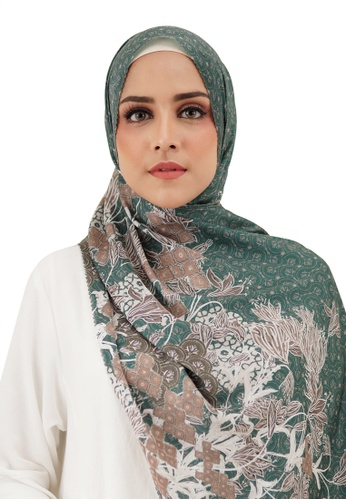 Buttonscarves green Buttonscarves Maharani Satin Shawl Green F1004AAD48C5D2GS_1
