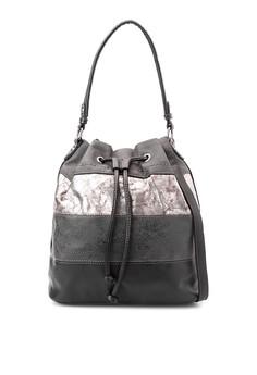 Shoulder Bag D3361