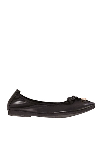Twenty Eight Shoes 黑色 舒適杏形頭豆豆鞋 VF121822 D59CCSH840D02CGS_1