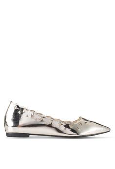 【ZALORA】 Lynsey 雕花鏤空尖頭楔型跟鞋
