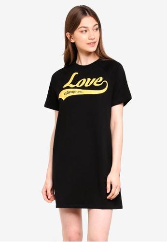 Something Borrowed black Spliced Raglan Tee Dress With Slogan 5D9E8AA34132EBGS_1