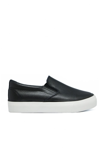 Twenty Eight Shoes 黑色 and 白色 黑色輕便鞋 6831 TW446SH18FWBHK_1
