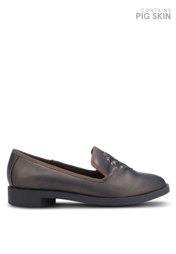 BETSY brown Embossed Loafers BE207SH0REPXMY_1