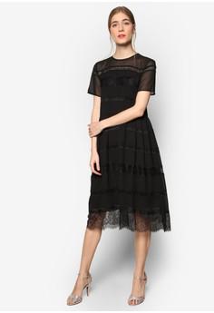 【ZALORA】 Premium 蕾絲拼接傘擺洋裝