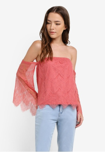 Something Borrowed pink Lace Off Shoulder Top FA7EFAA02250DEGS_1