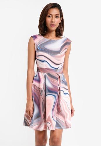 CLOSET multi V-Back Pleated Dress 42173AA0BA6557GS_1