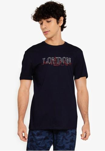 Trendyol navy Regular Fit London T-Shirt D64A7AAFEEC757GS_1