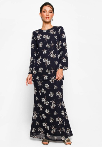 Kurung Basic D-14 from BETTY HARDY in Black