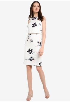 32bdf8b746 Dorothy Perkins Ivory Floral Print Scuba Dress RM 309.00. Sizes 6 10 12 14  16
