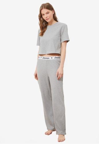 Trendyol 灰色 針織睡衣組 7F1B5AAB1D21E1GS_1