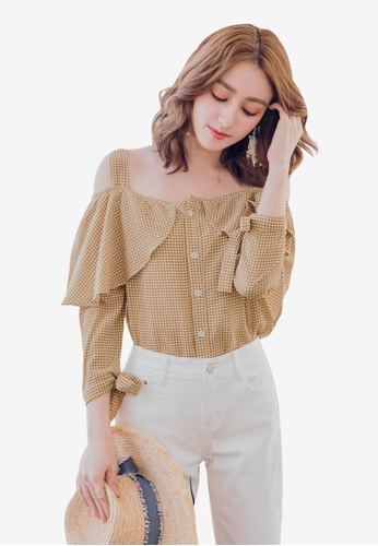 YOCO brown Gingham Off-Shoulder Buttoned Blouse CE746AA1520652GS_1