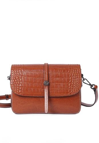 Twenty Eight Shoes brown VANSA Simple Contrast Leather Crossbody Bag VBW-Cb2318 AF18CAC115C616GS_1