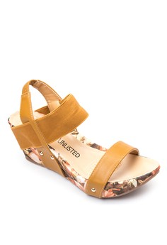 Blossom Wedge Sandals