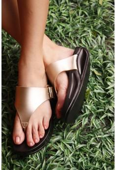 DANIELLE gold buckled thongs flops