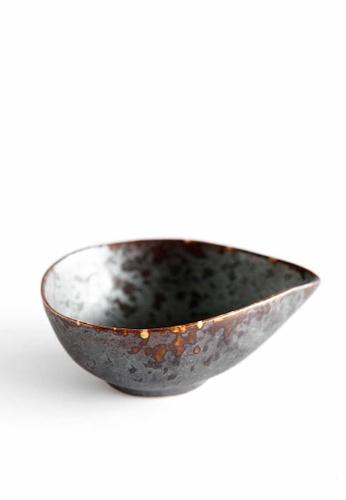 KRA Sanctuary grey Charcoal Grill Salad Dressing F9B7DHL6FB87E2GS_1