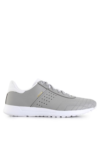 League white Pitch Sneakers LE825SH72PWPID_1