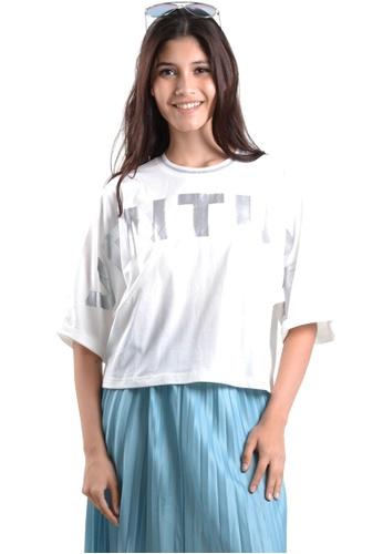 Kitschen white Venture Wording Sleeves Crop Top 93AAFAA08FD5BBGS_1