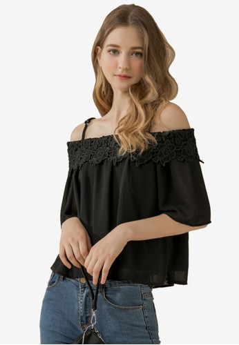 Eyescream black Lace Neckline Cold Shoulder Top 5DFDCAA1C3D142GS_1