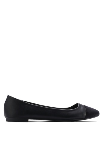 ZALORA black Basic Ballerinas with Velvet Toecap 6460ESHA346FA0GS_1