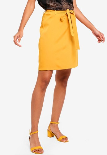 ZALORA BASICS yellow Basic Tie Front Mini Skirt 603A0AA4C237DDGS_1