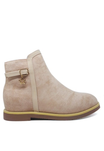 Twenty Eight Shoes 米褐色 仿猄布皮內增高踝靴33-22 B6680SH31D2F03GS_1