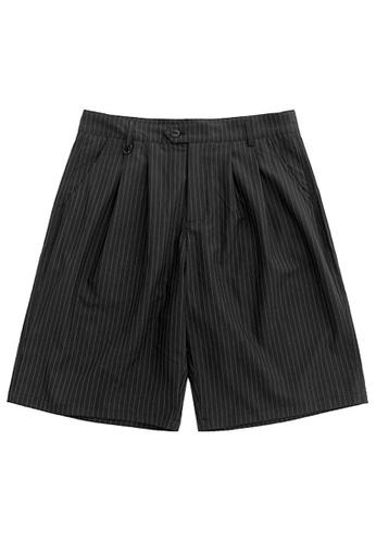 Twenty Eight Shoes Loose Textured Suit Shorts 3019S20 92E81AAC4C76A2GS_1