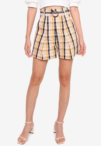 URBAN REVIVO orange Printed Shorts A2D7BAACFAF2E6GS_1