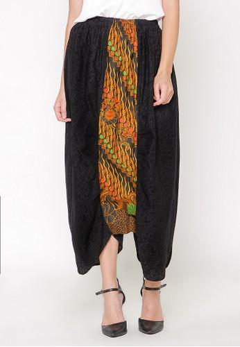 Batik Etniq Craft Mukhta Embos Pants