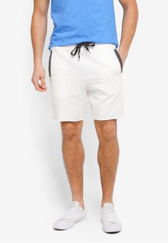 ZALORA white Contrast Pocket Raw Edge Jersey Shorts 45B31AA2F0E751GS_1