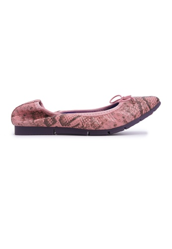 Flatss & Heelss by Rad Russel pink Square-toe Flats with Snake Prints - Pink 2F203SH5EEDAC1GS_1