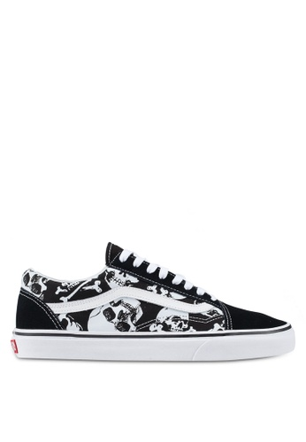 VANS black Old Skool Skulls Sneakers F74FASH370E70FGS_1