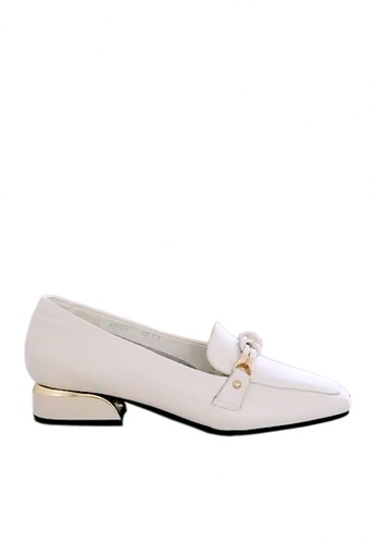 Twenty Eight Shoes white Top Layer Cowhide Knot Buckle Loafers VL8932 23407SH00DA414GS_1