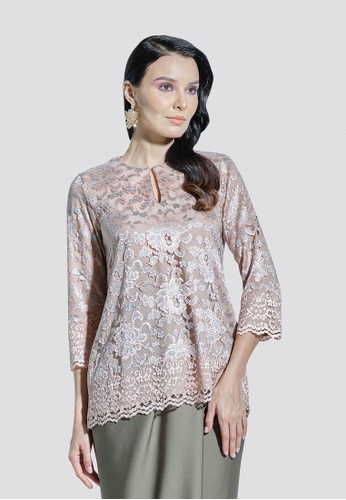 Nadjwazo by LadyQomash white and multi and gold and brown Emma Kurung Kedah Top 60568AA6A6D7FEGS_1