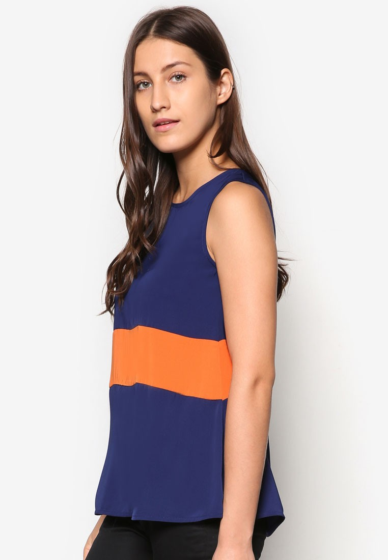Collection Paneled Swing Top