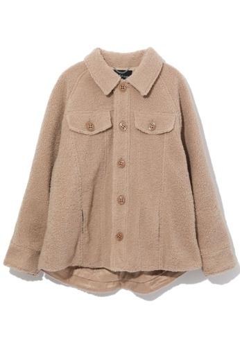 tout à coup beige Patch pocket fuzzy jacket 43965AAF1F948EGS_1