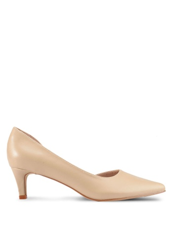 Nose 米褐色 Low Heel Pumps 88CCFSH29C380CGS_1
