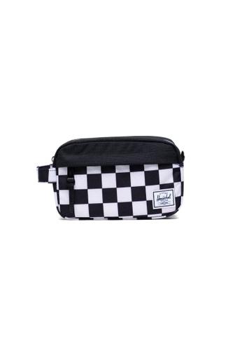 Herschel black and white Herschel Unisex Chapter Travel Kit Checker Black/White/Black- 5L B6361AC0760BECGS_1