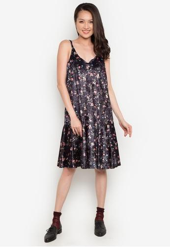 Spring Fling black Floral Camisole Dress SP673AA0JTOJPH_1