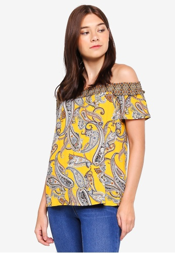 90d4bebf86c92 Dorothy Perkins orange Yellow Paisley Print Shirred Bardot Top  8DD84AAB425984GS 1