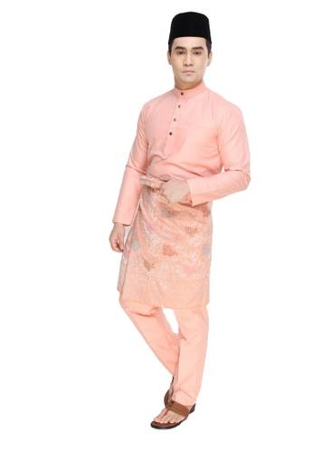 Amar Amran orange Baju Melayu Raja Sehari 8F6C6AA20B81AAGS_1