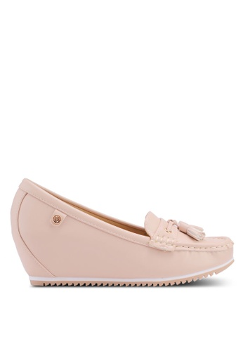 Carlton London beige Tassel Front Loafers 4EDB6SHB2E8FE5GS_1