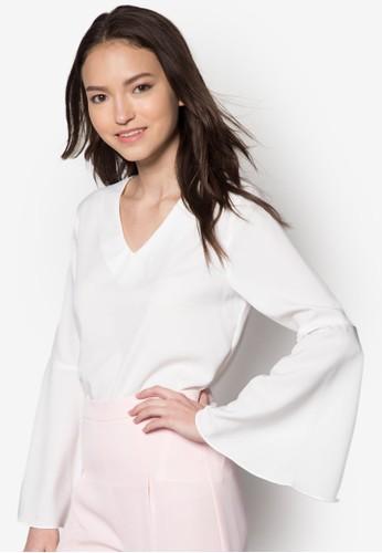 Mabel V領喇叭袖上衣zalora 衣服評價, 服飾, 服飾