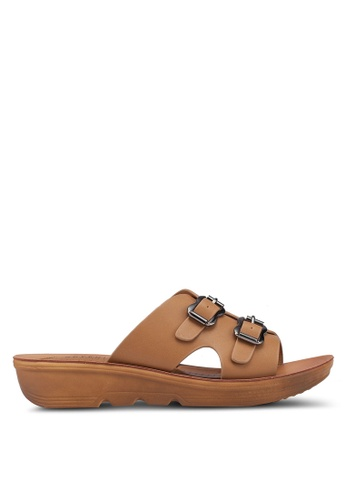 Noveni brown Double Buckle Sandals DF3E4SH68D7E00GS_1