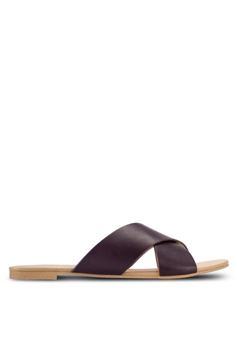 ZALORA red Basic Cross Strap Sliders 45AA7SH89C0300GS_1