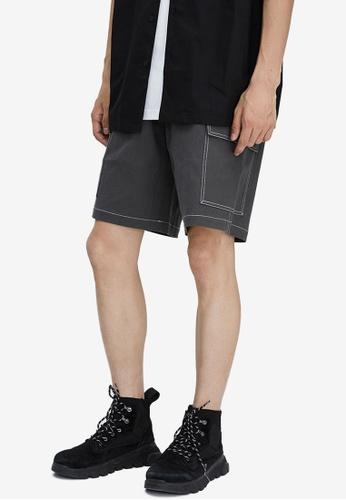 URBAN REVIVO green Stitch Shorts EE7C2AAFF57843GS_1
