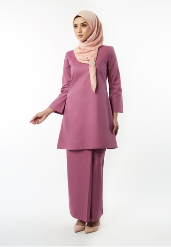 Basic Gulinear Kurung Riau Moden Magenta from Inhanna in Purple