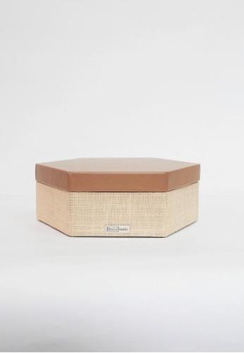 Grassroots brown Hexagonal Box (Small) 4C2EBHL152BB0EGS_1